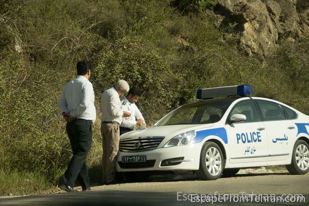 Iranian road police, Travel Tour Iran Ali Torkzadeh Com 3363