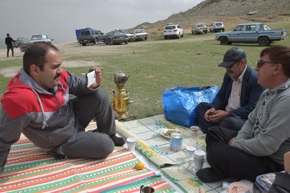 Iranian hospitality babak castle escapefromtehran com (3)