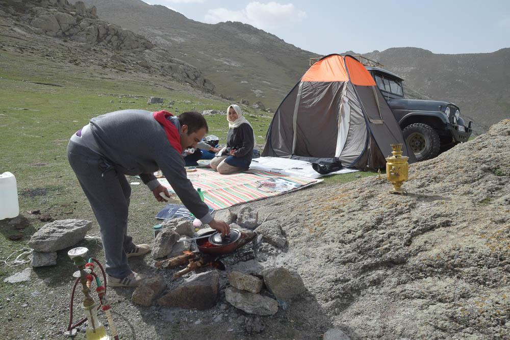 Iranian hospitality babak castle escapefromtehran com (4)